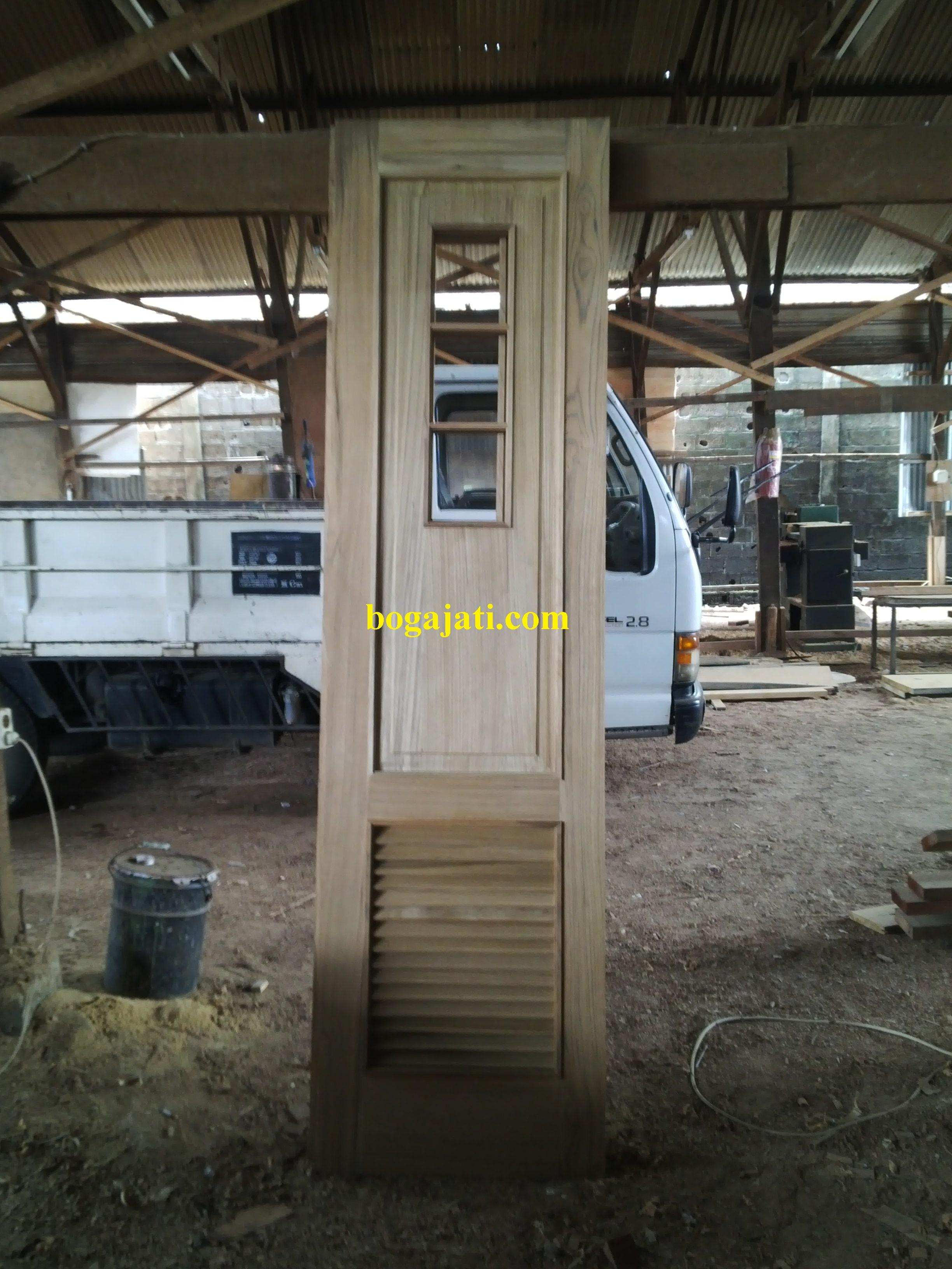 kayu Jati Oven