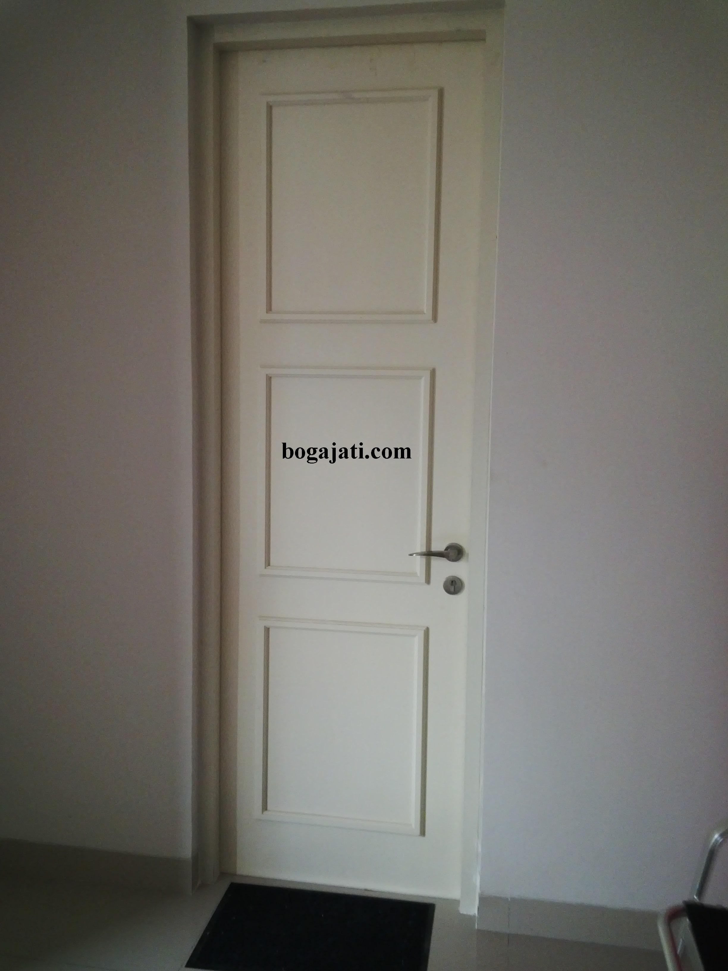 Pintu Panel Solid Minimalis