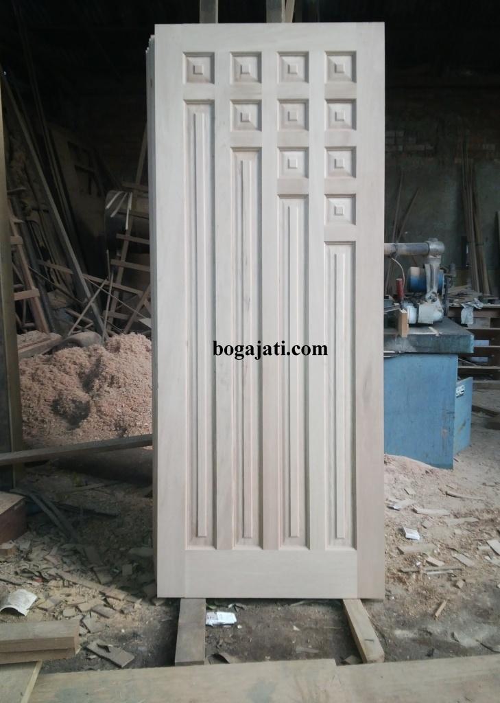 Pintu Panel Solid