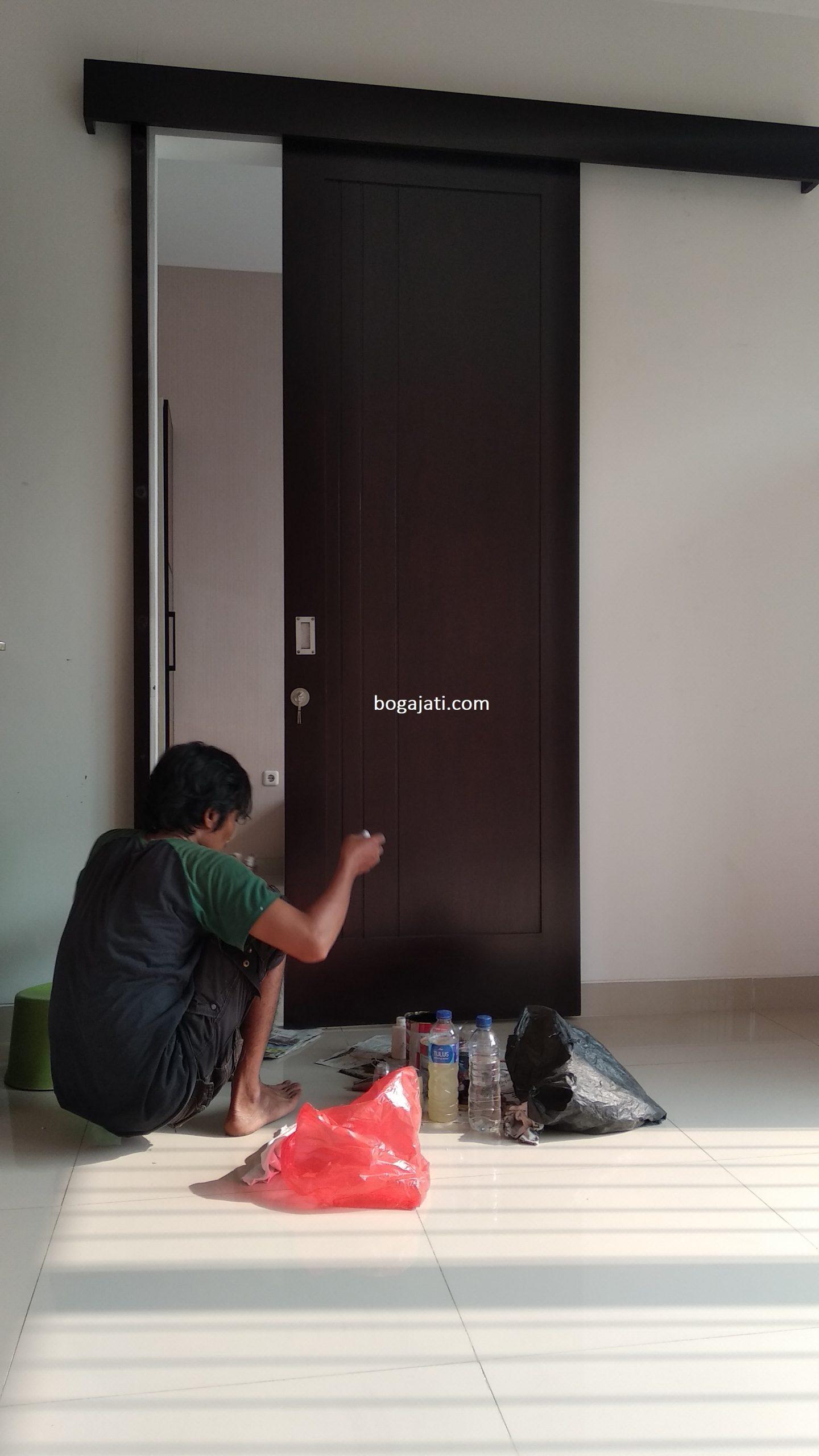 Pintu Minimalis Kayu Kamper Oven