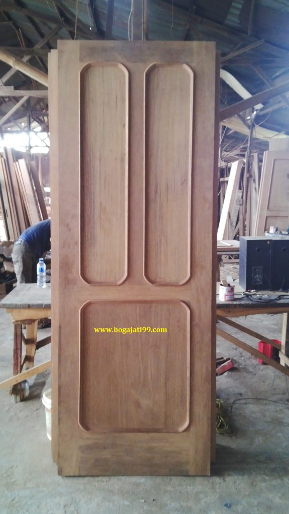 Pintu Kamar Kayu Merbau Oven