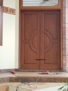 Kusen Pintu Kayu Jati